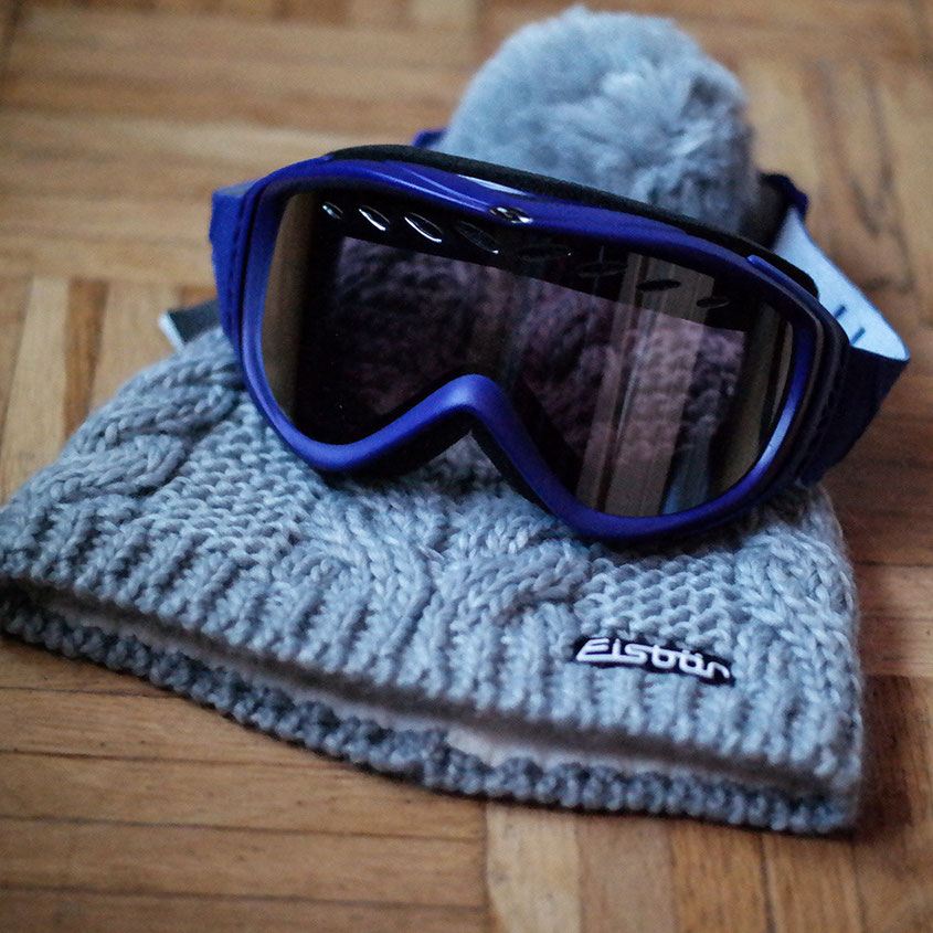 Ready for Snow | Das Pisten Setup | Wintermütze von Eisbär | Goggle Skibrille Smith | hot-port.de | 30+ Style Blog