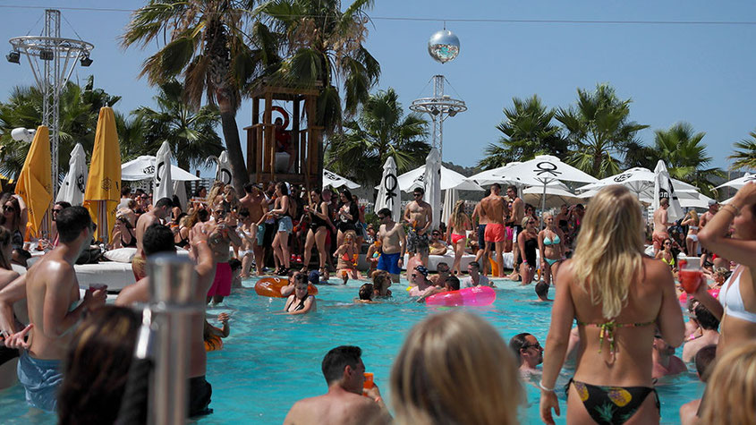 The Place To Be | Der Ocean Beach Club in San Antonio ist der coolste HotSpot unter der Sonne Ibizas | hot-port.de | Lifestyle Blog from Germany