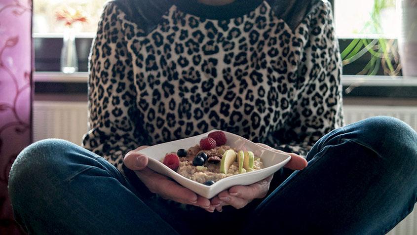 Lifestyle Trend | Nuss Müsli bestehend aus Porridge, Nüssen & Früchten | hot-port.de | 30+ Lifestyle Blog