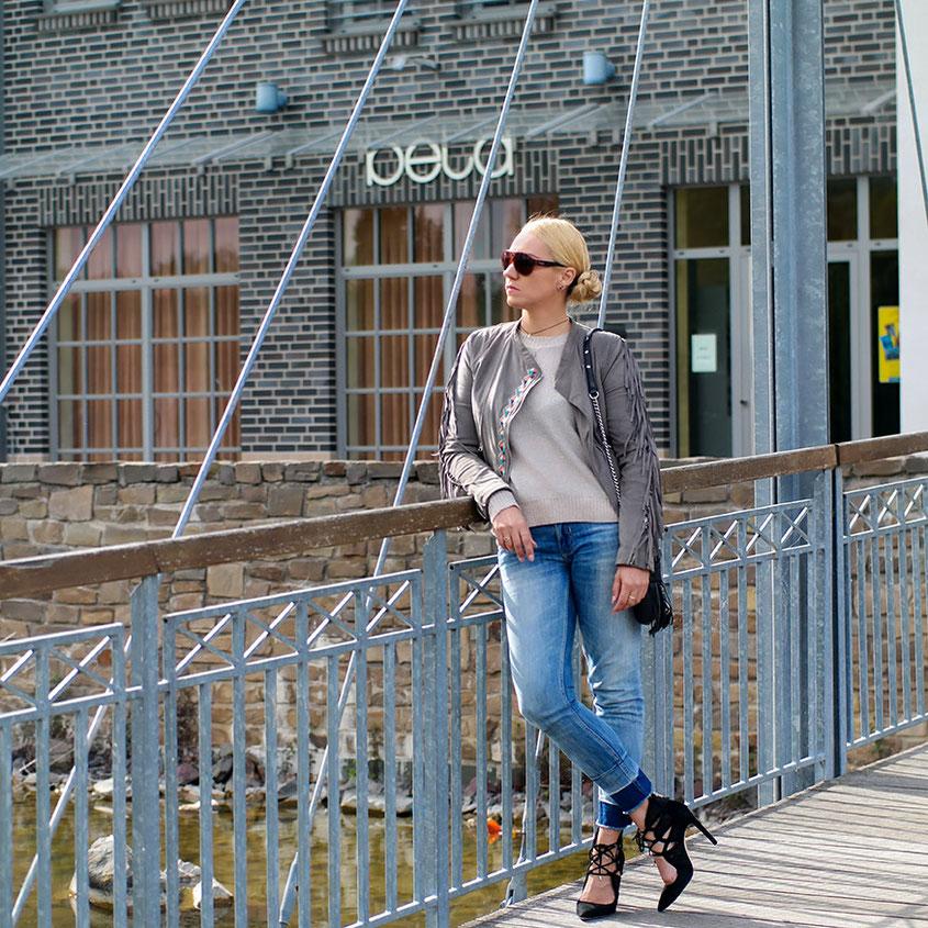 Sommerlook 2018 mit Fransenjacke von Maze & Tasche von Rebecca Minkoff | hot-port.de | 30+ Style Blog