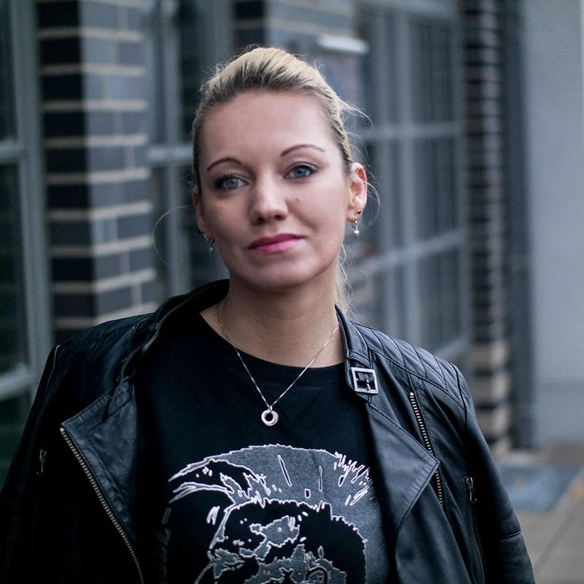 Franny Winter Style | Diesel Only The Brave Sweatshirt | Biker Jacke | hot-port.de | 30+ Fashion Blog