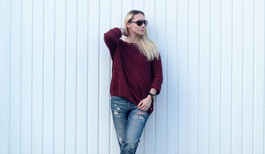 How to style a boyfriend jeans | Boyfriend Jeans und lässiger Pullover | www.hot-port.de | 30+ Style Blog