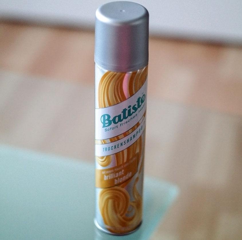 Probleme mit einem herausgewachsenen Ansatz? Nicht mit dem neuen Hint of Colour Trockenshampoo von Batiste | hot-port.de | 30+ Style Blog