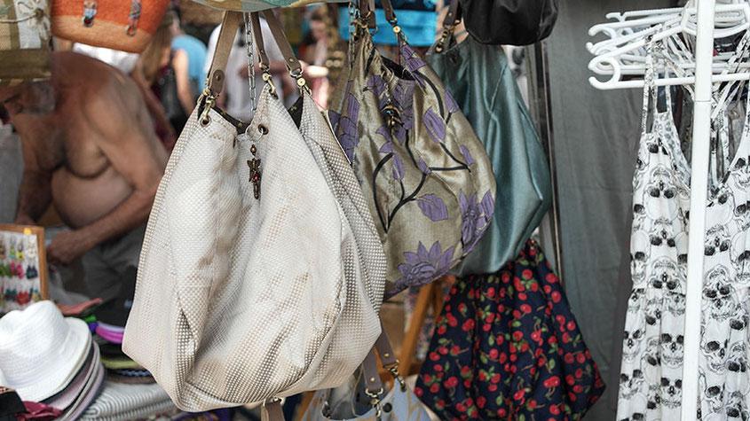 Coole Fashion Spots | Der Hippie Markt in Es Canyar | Außergewöhnliche Taschen, die man nicht überall sieht