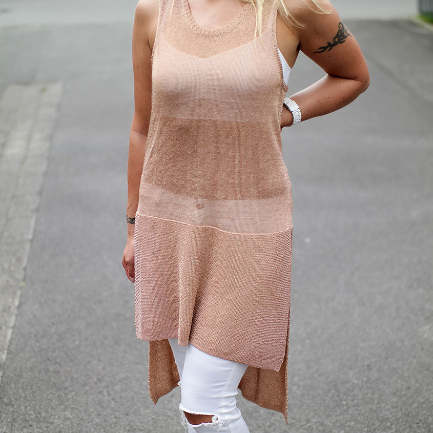 Wie eine Ritterrüstung | Minkpink Metallic Knit Tunic | Goldfarbenes Longtop | hot-port.de | 30+ Style Blog