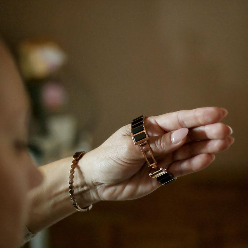 Bering Ceramic Uhr 11429-746 Schwarz Roségold | Viel zu schmal und zu eng für ein normales Handgelenk | hot-port.de | 30+ Style Blog