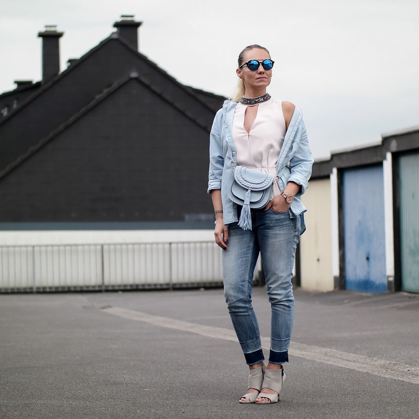 Outfit Light Blue | Zara Jeanshemd Maui & Son and Guess Glamour Shirt | hot-port.de | 30+ Style Blog