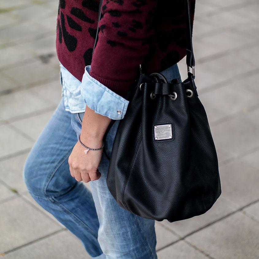 Outfit | Sporty Boyfriend Look aus Converse Chucks - Diesel Jeans & Vintage Leo Pulli aus der Zalando Collection | hot-port.de | 30+ Fashion Blog