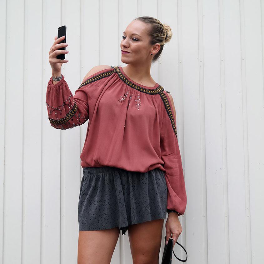 Herbst Look aus Lasercut Shorts & Free People Tunika | hot-port.de | 30+ Lifestyle & Fashion Blog