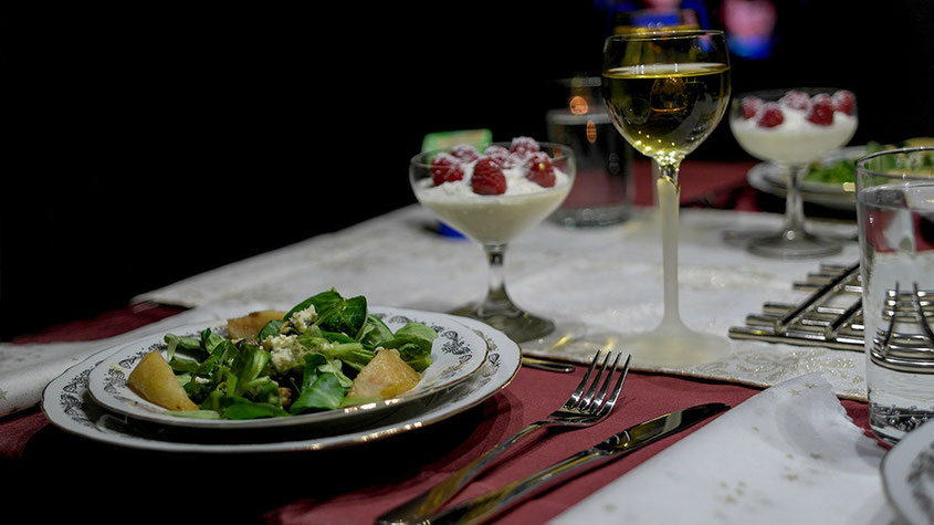 Festtagsschmaus | Coole Blogger Gourmet Ideen für genussvolle Weihnachten | Feldsalat mit Birne | hot-port.de | Lifestyle Blog