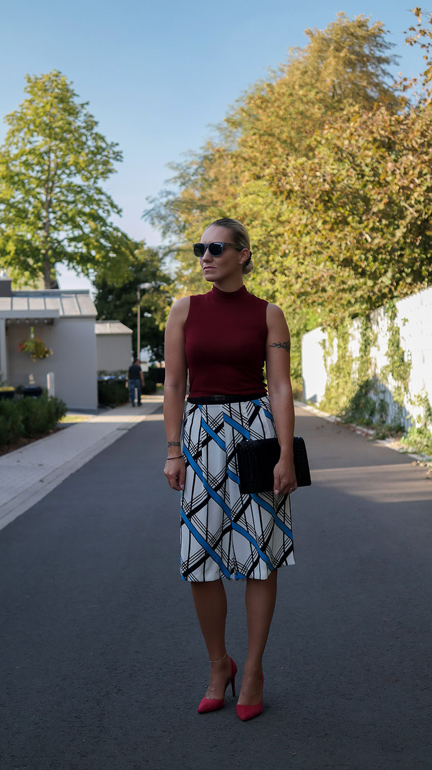 Outfit River Island Summer Culottes X Crop Top from Ax Paris | Braided Clutch from Asos | hot-port.de | 30+ Lifestyle & Trends Blog
