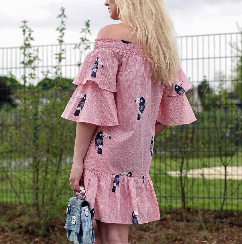 Outfit Volant Sommerkleid von Zara | Coole Rüschen für heiße Tage | Hot Port Life & Style | 30+ Lifestyle & Modeblog