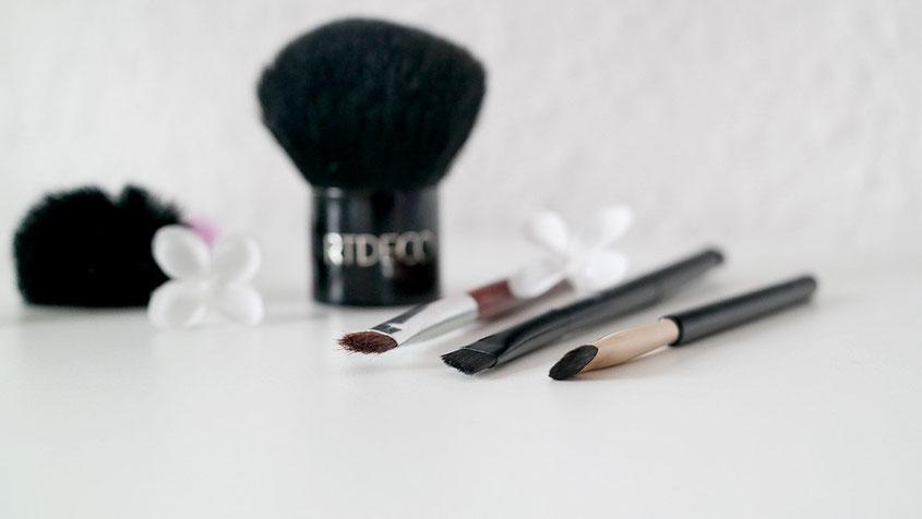 Freaky Friday | MakeUp Pinsel - Eine haarige Angelegenheit | hot-port.de | 30+ Blog