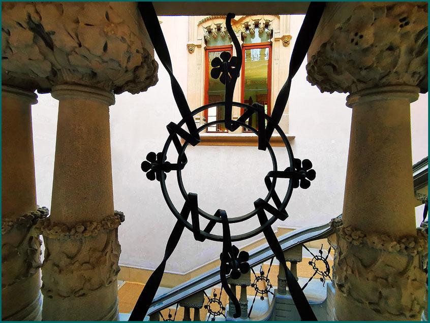 Escadaria, ferro forjado