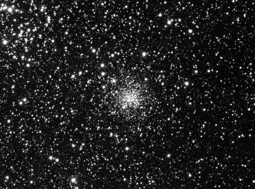 """NGC2158 aufgenommen mit einem 4,5"""" LZOS Apo, L-Kanal, Alccd6c"""