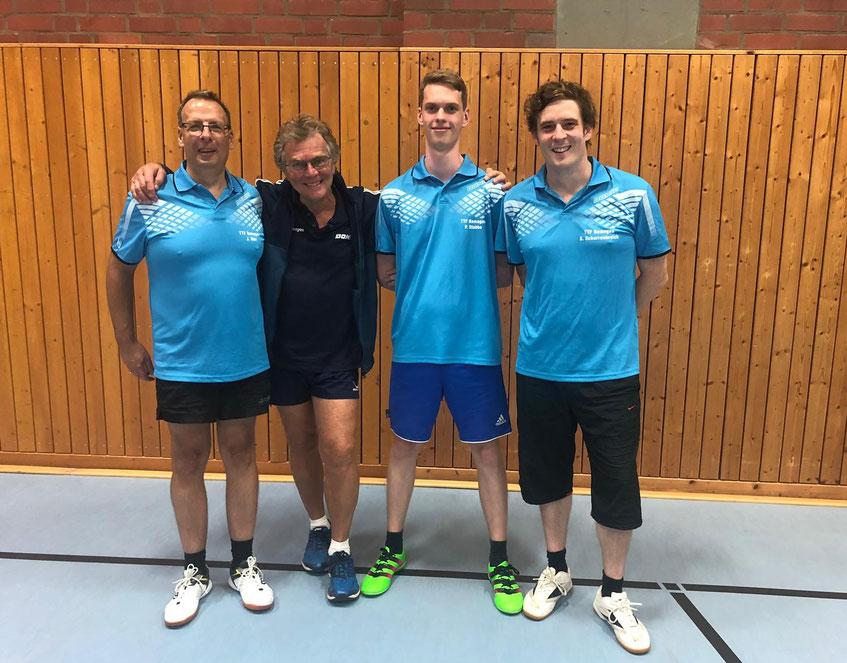 Zweite Mannschaft (v. l. Jürgen Dörr, Dr. Dieter Berger, Peer Stobbe und Stephan Scharrenbroich)
