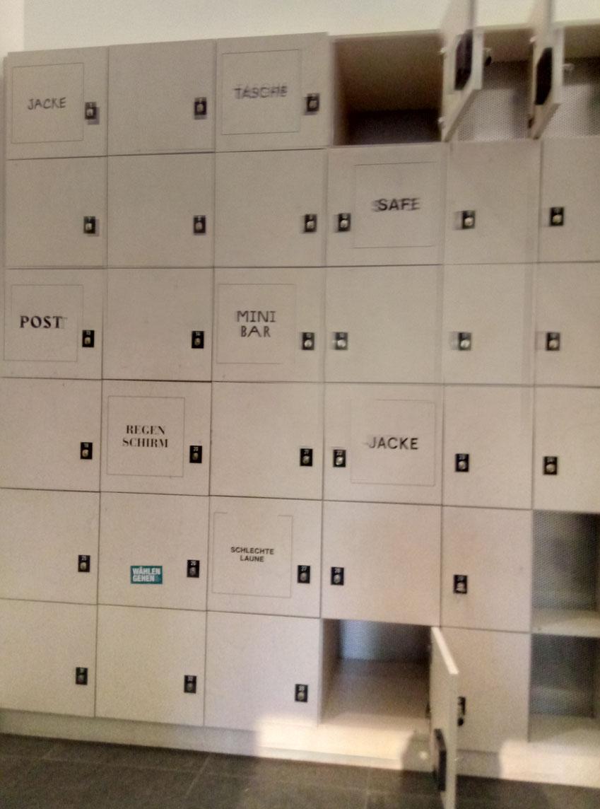 Sehr coole Schließfächer in der Garderobe des Forums. ;-)