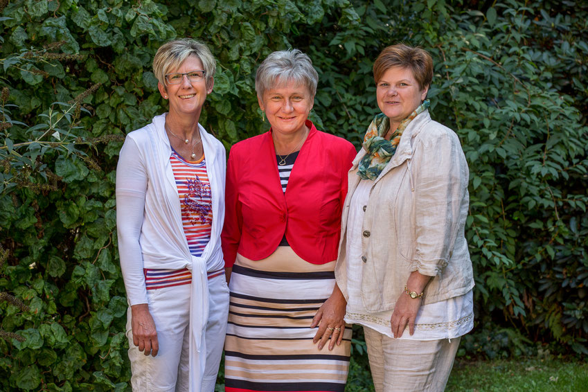 v.l.n.r. Sabine Torkowski, Gabriele Siedlaczek, Angela van Elsuwe