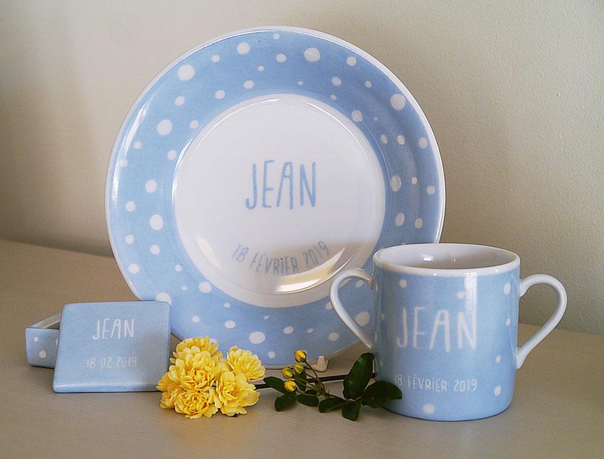 Set de vaisselle en porcelaine pour enfant à pois