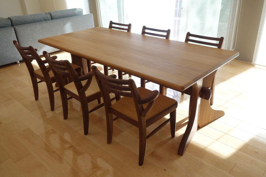 6人掛けの大きなダイニングテーブル&エントラータチェア(小田原市・I様邸)