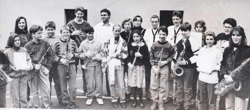 Orchestre des jeunes 1993 / En 2021, 6 musiciens font encore partie de l'association, dont la Présidente, le vice Président, et des membres du Comité.