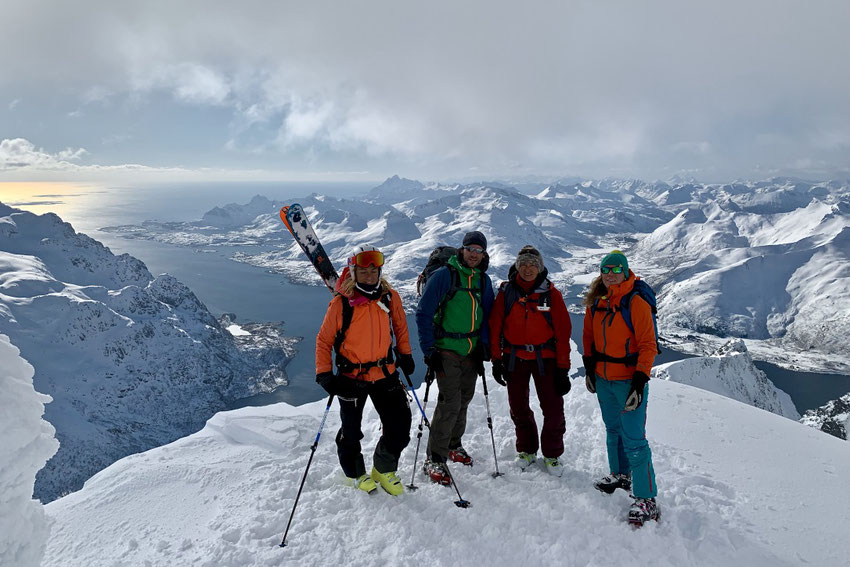 Skitouren auf den Lofoten, Norwegen