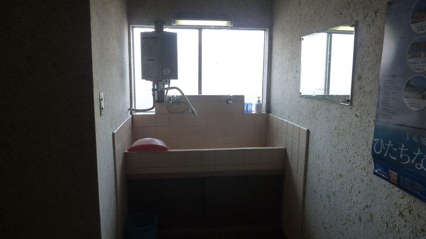 1・2・3号室前洗面所