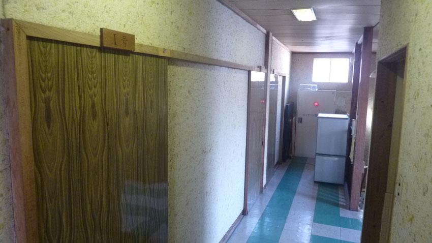 1・2・3号室前廊下