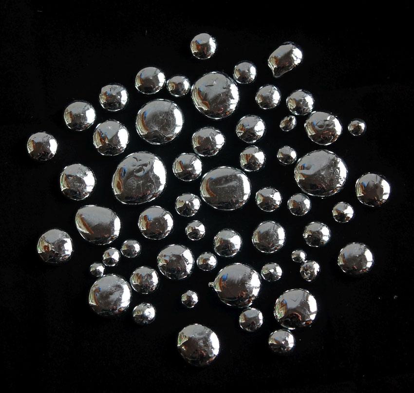 Gallium metal drops
