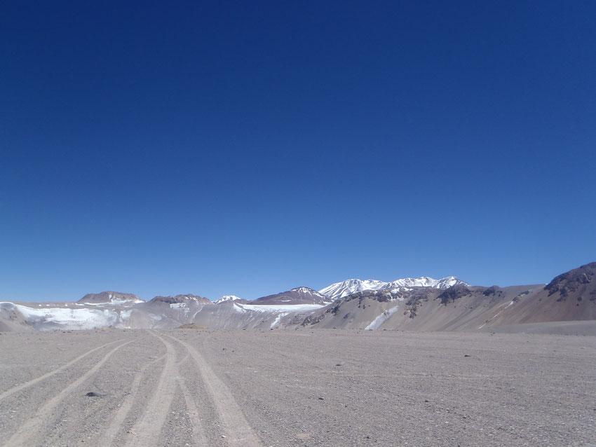 Para finalmente arriba, acercarnos a la boca del majestuoso cráter.