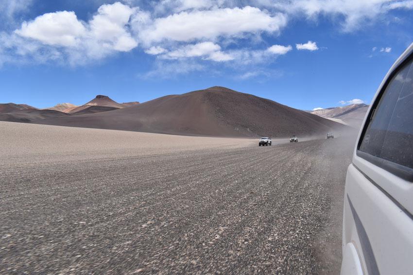 Rumbo al paso abandonado con Chile, El Azufre.