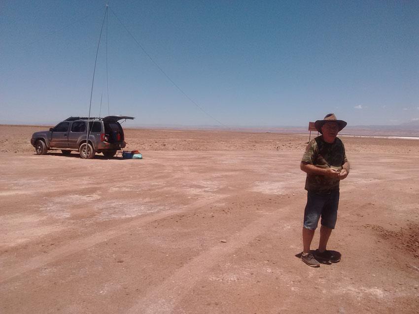 Miguel nos explica con fastidio justificado, que algunos radioaficionados de Argentina, no tienen la costumbre de hacer previa para escuchar si alguien se está haciendo presente en la frecuencia radial.