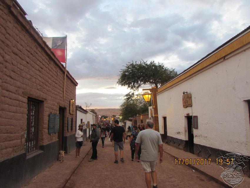 Nos encontramos con un pueblo muy pintoresco y repleto de turismo extanjero (europeo).