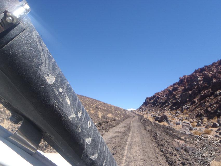 Imponente siempre el paso por el Protovolcán, vamos para Antofallita, a visitar a Corina.