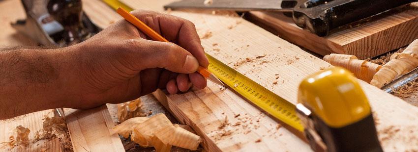 Holzsanierung und Holzreparatur von Ihrer Tischlerei Adam aus Braunschweig.