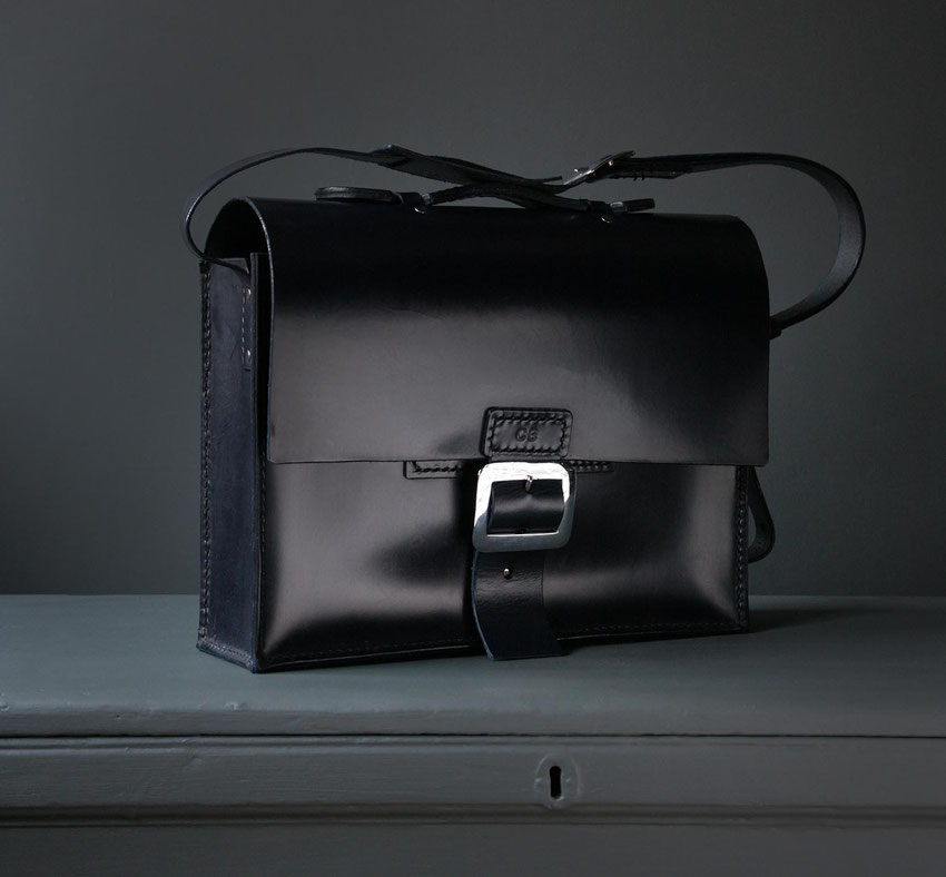 large luxury leather satchel axel giant