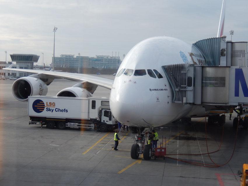 A380 von Emirates am Flughafen München