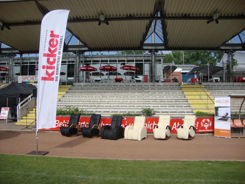 Massagesessel mieten - hier: 1. FFC Frankfurt