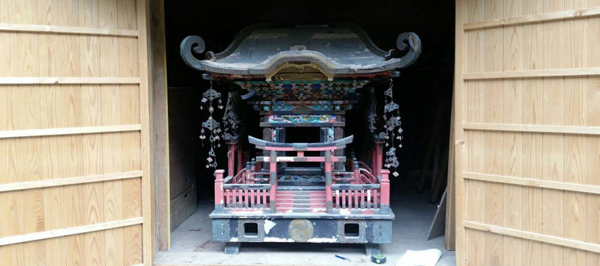 総社宮に寄進された神輿
