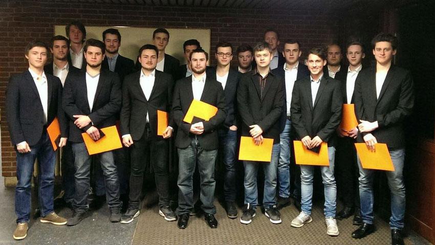 Männliche A-Jugend des Tus Altwarmbüchen wurde für den Regionsmeistertitels 2014/2015 geehrt.