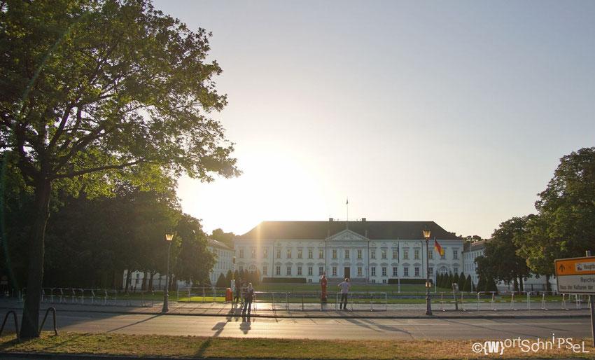 Das Schloss Bellevue - Guten Tag Herr Bundespräsident!