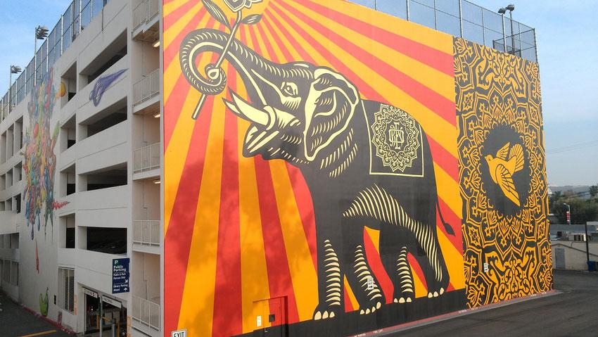 shepard fairey elephant street art