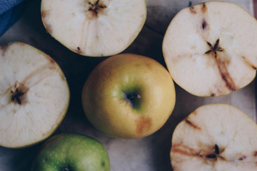 Äpfel quer geschnitten