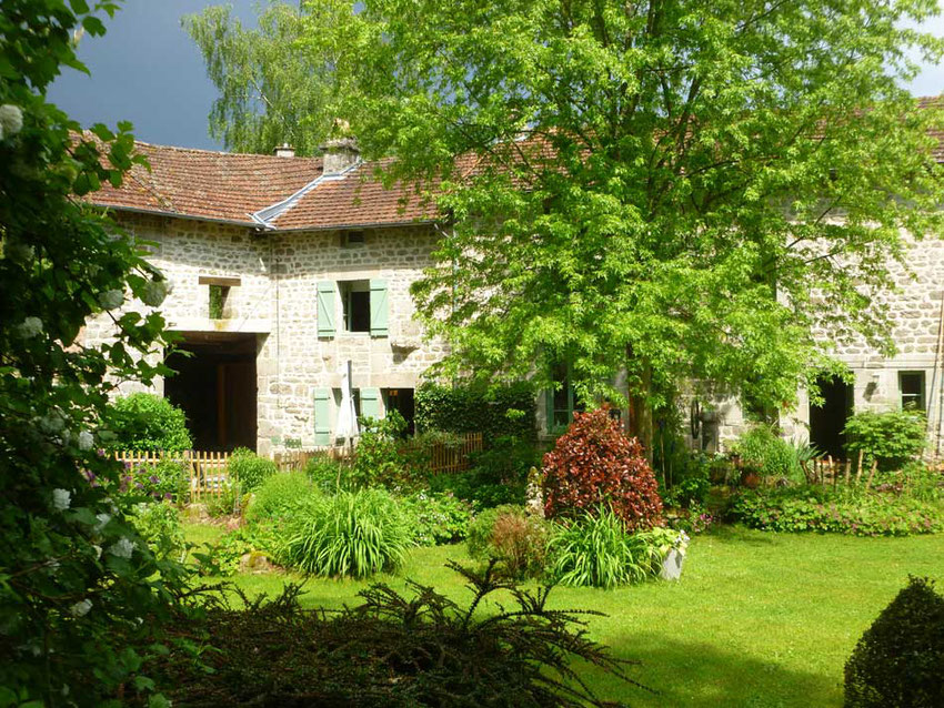 a cottage for rent in Limousin