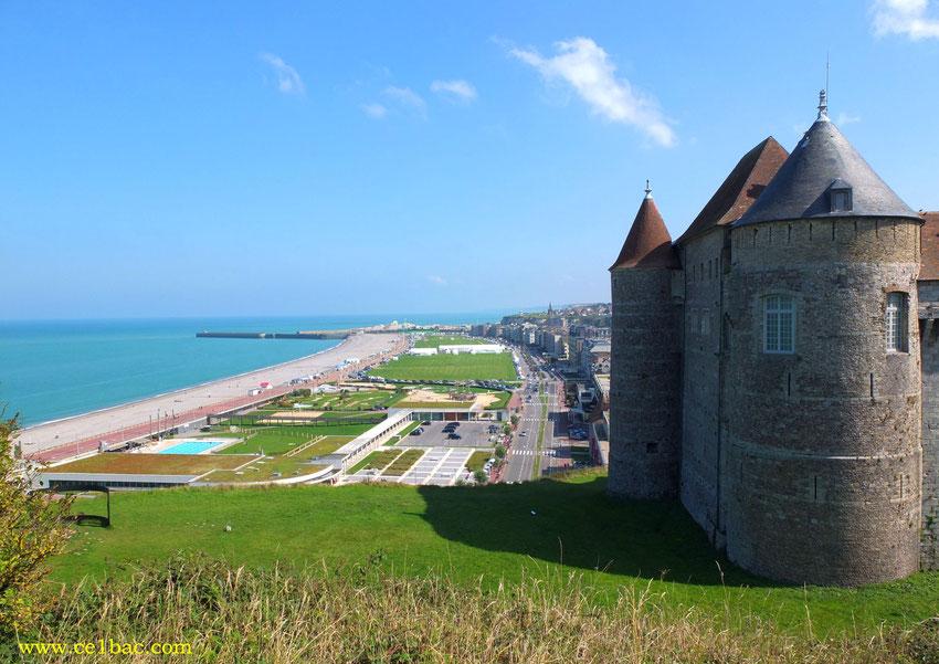 La pelouse, vue du château, Dieppe