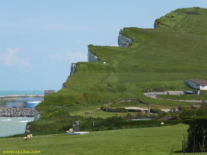 La falaise découpée à St Martin en Campagne