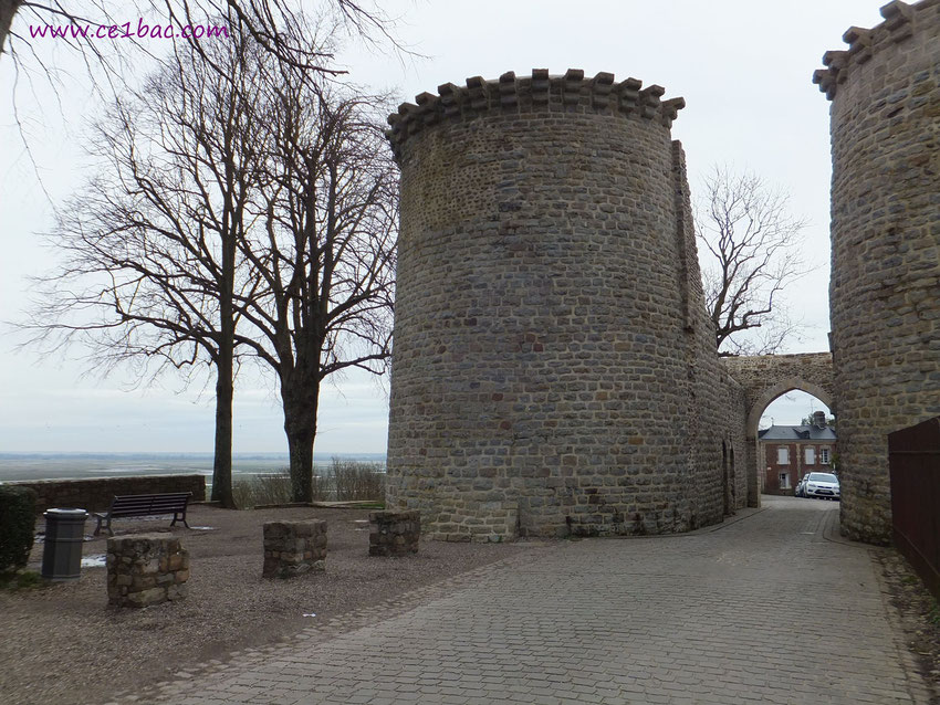 St Valery sur Somme porte de ville