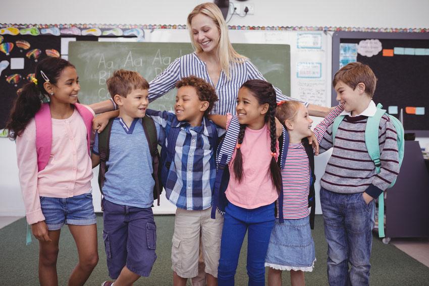 Sie sind als Lehrer Stütze unserer Gesellschaft, leider aber auch einigen Lehrer Problemen ausgesetzt