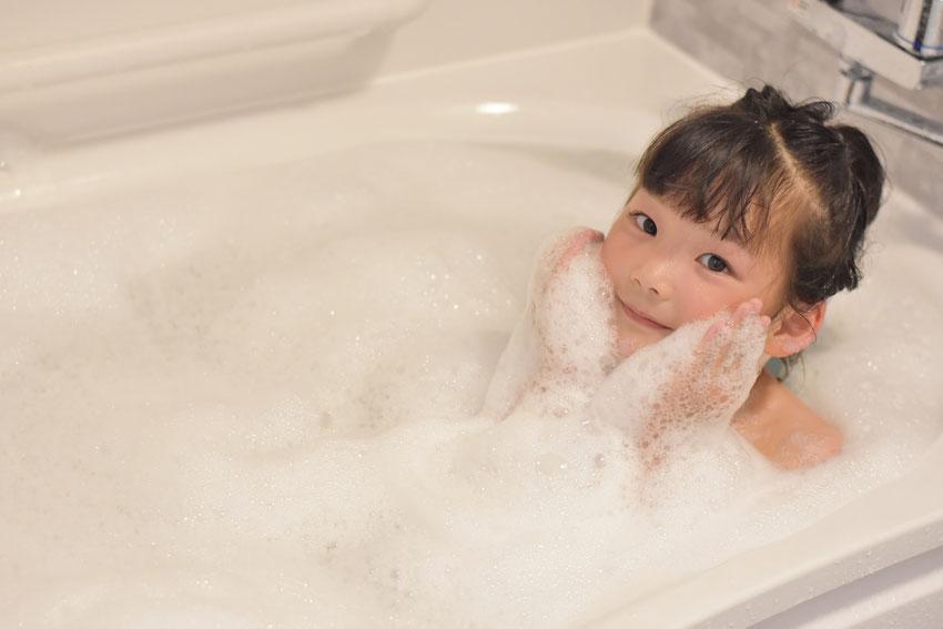 子ども入浴イメージ