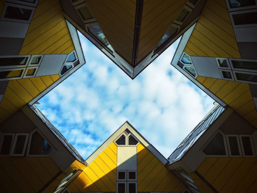 photo unsplash maison cube rotterdam - blog marie fananas évrivain